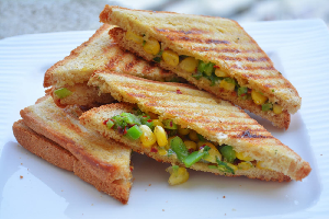 grilled corn and capsicum sandwhich