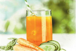 carrot mint cucumber juice
